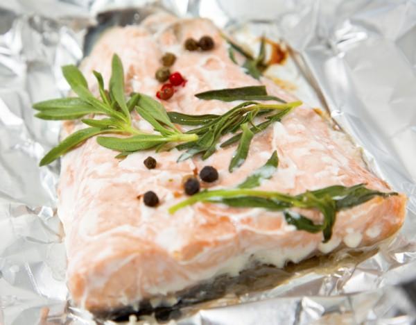 Рецепт                  Запеченный лосось в фольге