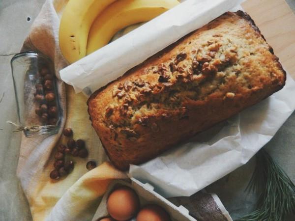 К завтраку: Банановый хлеб с орехами и сухофруктами