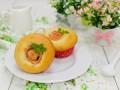 Рецепт на 8 марта: кексы с яблочными розочками