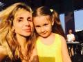 По стопам мамы: дочь Светланы Лободы увлеклась игрой на барабанах