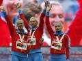 Российские спортсменки отметили победу лесбийским поцелуем