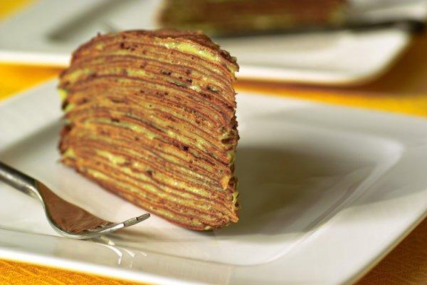 Сладкий блинчатый пирог с кремом