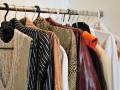 Исследование: У каждой женщины есть лишняя одежда