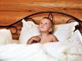 Как лечить ночной энурез и почему он возникает