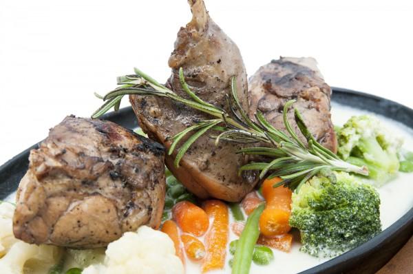 Рецепт                  Новогодние рецепты: Тушеный кролик с овощами