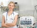 Пять врачей для женщины
