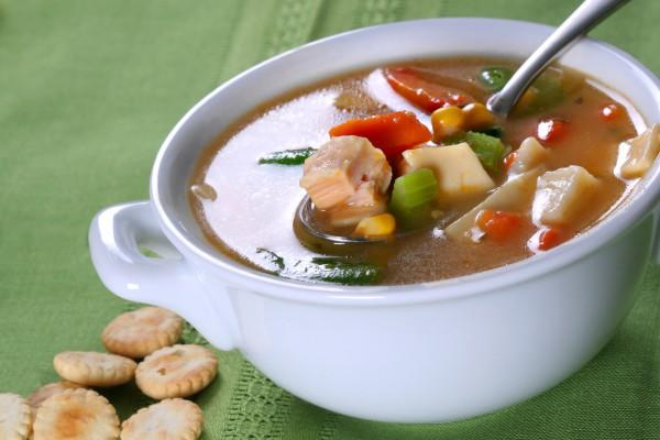 Рецепт                  Куриный суп с овощами и кукурузой
