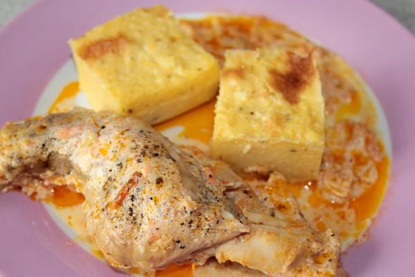 Рецепт                  Тушеный кролик в томатном соусе с полентой
