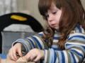 Как определить, какая рука ведущая у твоего ребенка: Проходим тест