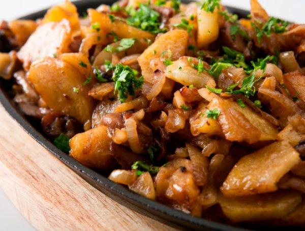 Рецепт                  Картофель с жареными грибами