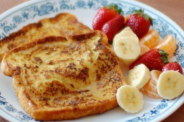 Рецепт                  Французские тосты с фруктами и медом