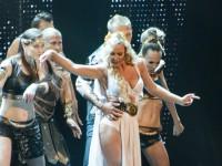 YUNA 2013: Камалия показала фигуру в откровенном наряде