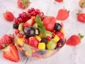Фруктовый салат: три идеи для летнего завтрака