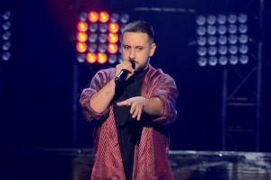 Голос країни 7: MONATIK выступил в халате в полуфинале