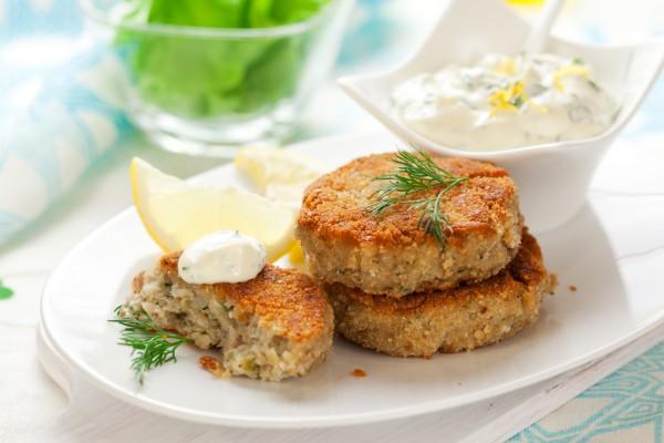 Рецепт                  Котлеты из трески с греческим соусом