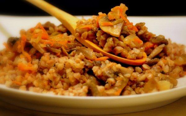 Рецепт                  Гречневая каша с грибами