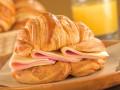 Как приготовить сэндвич из круассана на завтрак