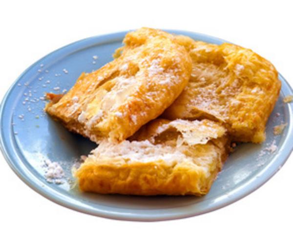 Рецепт                  Слоеный пирог с яблоками и изюмом