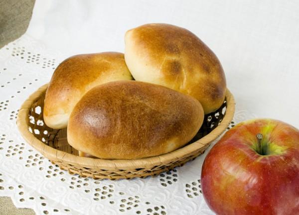 Как приготовить пирожки с яблоками из творожного теста