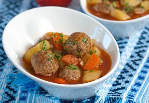 Рецепт                  Жаркое с тефтелями