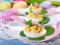 Как приготовить фаршированные яйца на Пасху с грибами