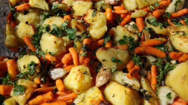 Рецепт                  Овощи, запеченные в духовке с тимьяном и чесноком