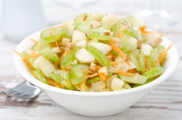 Рецепт                  Рождественский пост 2015-2016: Салат из сельдерея и яблок