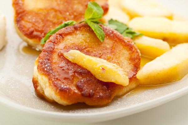 Рецепт                  Оладьи из яблок и груш