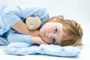 Активному ребенку лучше выбирать постельное белье синего цвета