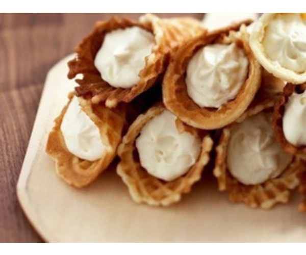 Рецепт                  Вафельные трубочки с кремом