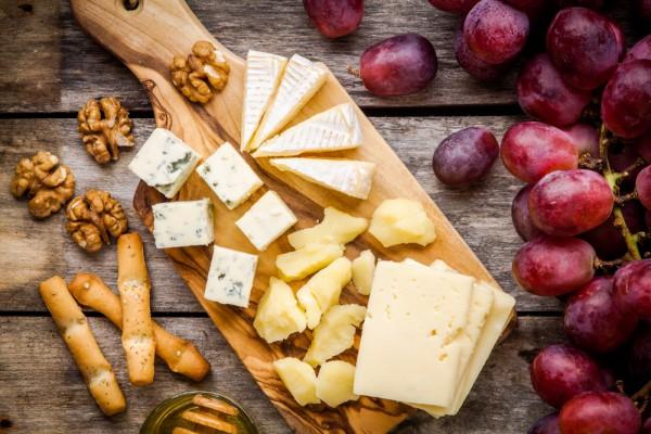 Хлебные палочки с голубым сыром