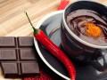 Горячий шоколад с перцем чили и коньяком