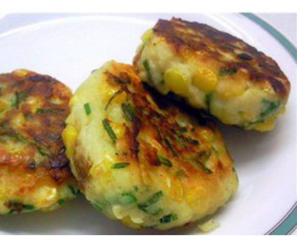 Рецепт                  Картофельные котлеты с кукурузой и шнитт-луком