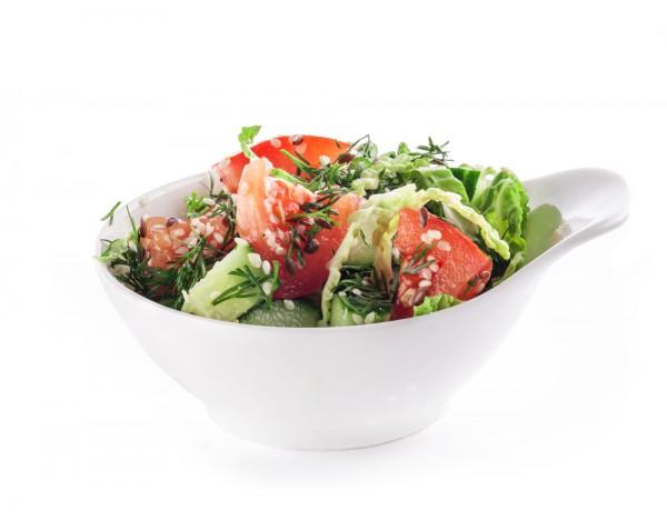 Рецепт                  Салат из молодой капусты с огурцами и помидорами