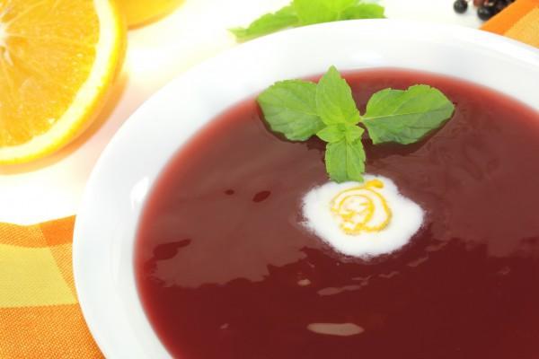 Рецепт                  Суп из черешни и апельсинов