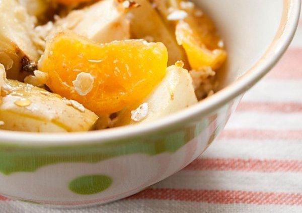Рецепт                  Постный завтрак: Овсянка с яблоками и мандаринами