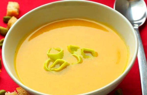 Рецепт                  Тыквенный суп с гренками и тыквенными семечками