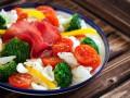 Макароны с овощами и ветчиной