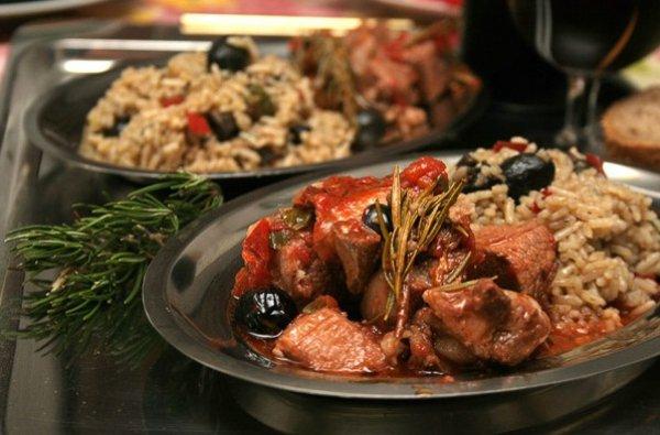 Рецепт                  Мясо по-итальянски в томатном соусе