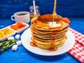Как приготовить панкейки: три рецепта от Марты Стюарт