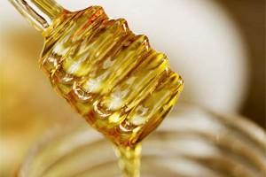 Ложка для меда - полезная вещь на кухне
