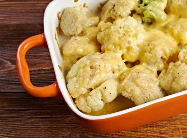 Рецепт                  Запеканка из цветной капусты под сырным соусом
