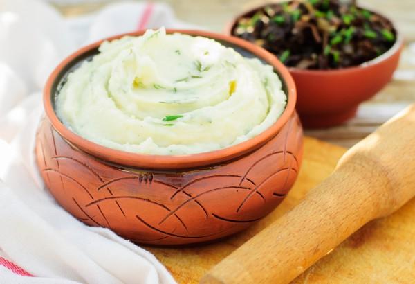 Рецепт                  Картофельное пюре с зеленью и чесноком