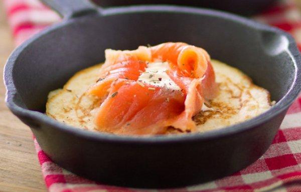 Рецепт                  Картофельные блины с рыбой и сливочным сыром