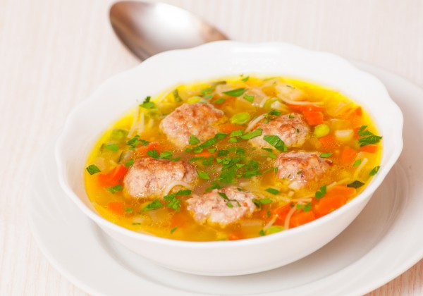 Суп с фрикадельками: инструкция по приготовлению простого блюда