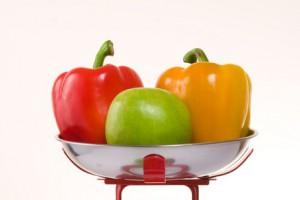 Ешь больше сырых овощей и фруктов