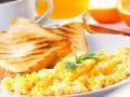 Яйца-скрэмбл на завтрак
