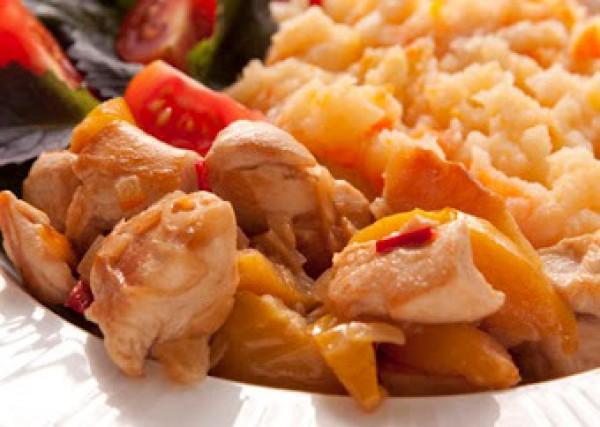Рецепт                  Курица с айвой и картофельно-морковным пюре
