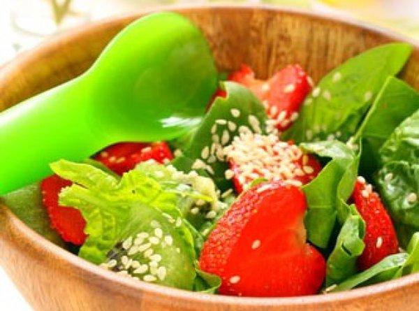 Рецепт                  Летний салат из клубники и киви