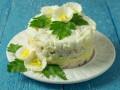 Рецепты на Новый год: Слоеный салат из печени трески